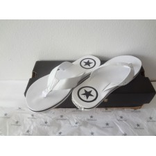 WOMEN SIZE 5.5 FLIP FLOP SANDAL WHITE  NEW WITHOUT TAGS