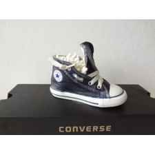 TODDLER SIZE 7 NAVY BLUE  HIGH TOP ONE SHOE ONLY